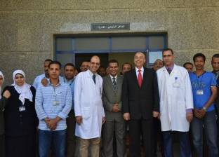 محافظ أسوان يتفقد مركز الأورام.. ويوافق على تخصيص 160 متر لسكن الأطباء والتمريض