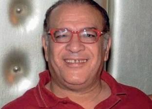 """صلاح عبدالله يوقف تصوير """"بركة"""" للتصويت في الانتخابات"""