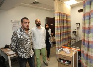 المغامر مازن حمزة والممثل إسلام سعيد يدعمان مرضى السرطان بالصعيد