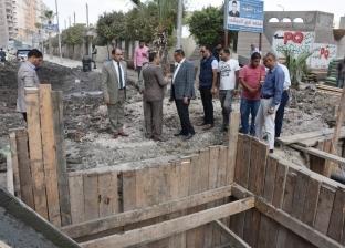 محافظ البحيرة يتفقد مشروع الصرف الصحي بشارع عبد السلام الشاذلي