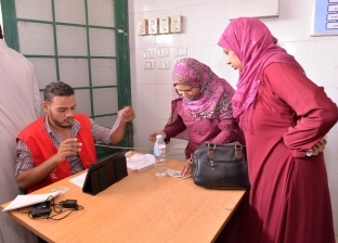 """فحص 48 ألف مواطن بمبادرة """"100 مليون صحة"""" في أسيوط"""