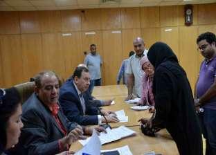 """سكرتير محافظة الأقصر يبحث شكاوى المواطنين خلال لقاء """"اليوم المفتوح"""""""