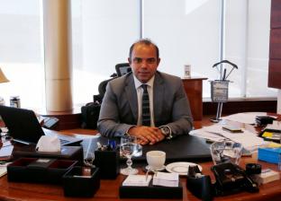 رئيس البورصة يلتقي ممثلي كلية إدارة الأعمال بالجامعة الأمريكية