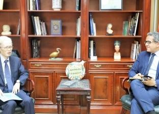 وزير الآثار يستقبل يبحث تطور أعمال المتحف الكبير مع سفير اليابان