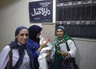 """""""تضامن الإسكندرية"""": معاملة الرضيع مجهول النسب كاليتيم وفقا للقانون"""