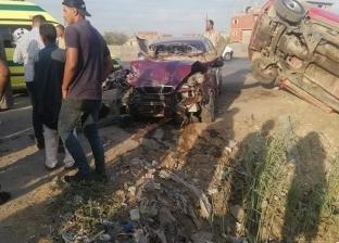 خلال زفة فرح.. إصابة 4 أشخاص في انقلاب سيارة ملاكي بترعة في البحيرة