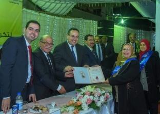 محافظ الإسكندرية يطالب بالتعاون مع المهندسين المكرمين بالنقابة