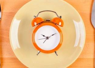 """""""يبطئ الشيخوخة"""".. دراسة أمريكية حديثة تكشف فوائد للصيام"""