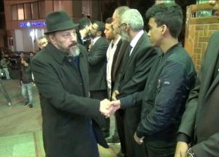 إسعاد يونس وعمرو عبدالجليل ونجوم الفن في عزاء المنتج أحمد السيد