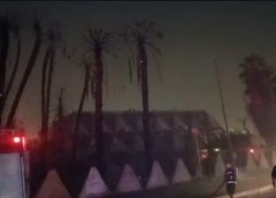 كيف يتعامل رجال الحماية المدنية مع حرائق الأشجار والنخيل؟