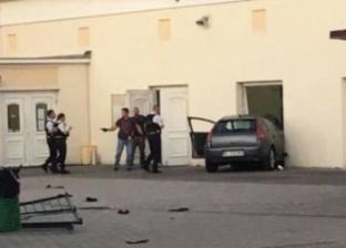 عاجل.. رجل يحاول اقتحام مسجد بسيارته في فرنسا