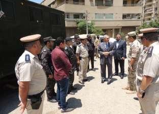 مدير أمن المنيا يتفقد التمركزات والأكمنة وخدمات الكنائس
