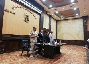 محافظ شمال سيناء: توفير حافلات لنقل المعلمين بإدارات الشيخ زويد ورفح