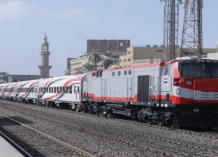 من المميز لـ«النوم».. 5 قطارات يركبها المصريون يوميا
