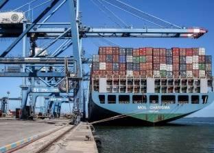 """""""ميناء دمياط"""": مغادرة 1119 شاحنة بحمولة إجمالية 52 ألف طن بضائع عامة"""