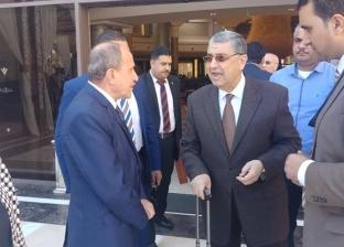 وزير الكهرباء يتفقد التجهيزات في قاعة المؤتمرات الكبرى بشرم الشيخ