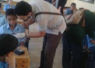 """""""طب بنها"""" تدعم قرى ومدارس القليوبية بالعلاج والبطاطين والملابس"""