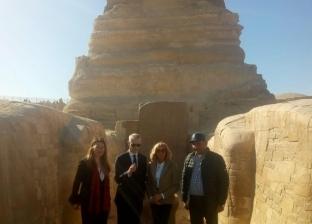 قرينة الرئيس الفرنسي في جولة بمنطقة آثار الأهرامات