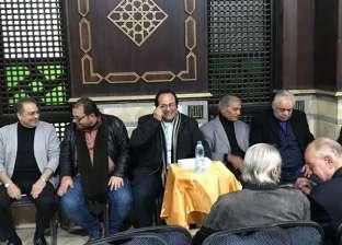 أشرف زكي يعزي في وفاة الفنان جلال عيسى بمسجد المحروسة
