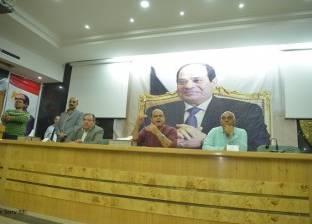 أبو زيد يطالب أصحاب المحلات في مطروح بالالتزام بالشكل الحضاري