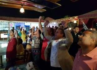 بث مباريات كأس العالم عبر شاشة عملاقة بكورنيش المنيا