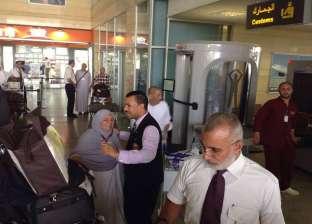 وزير النقل يستقبل وفود الحج البري بميناء نويبع