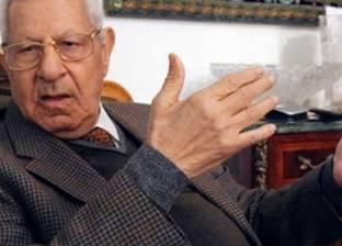 مكرم محمد أحمد يكشف حقيقة تعرض شفيق لضغوط للانسحاب من الانتخابات
