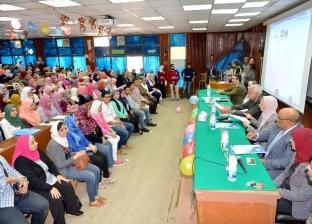 رئيس جامعة المنصورة يشهد حفل استقبال الطلاب الجدد بكليتي صيدلة وتجارة