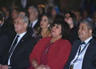 وزيرة الثقافة تصل معبد الكرنك لافتتاح مهرجان الأقصر للسينما الإفريقية