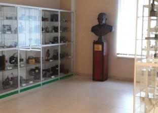 """""""روسيا اليوم"""" تحتفل بمرور 30 عاما على """"نوبل"""" بتمثال لنجيب محفوظ"""