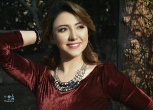 """أية عبدالله تشارك فاروق الفيشاوي عرض """"هولاكو"""" المسرحي"""