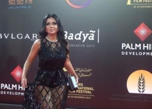هاني البحيري عن فستان رانيا يوسف: موضة أوروبية وغير مقبولة في مصر