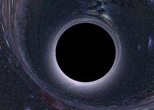 """""""يبتلع كل شيء"""".. الكشف عن أول صورة في التاريخ لـ""""ثقب أسود"""" خلال أيام"""
