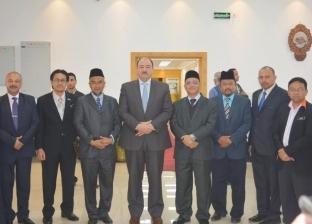 نائب رئيس جامعة الأزهر يستقبل وفدا ماليزيا لبحث سبل التعاون