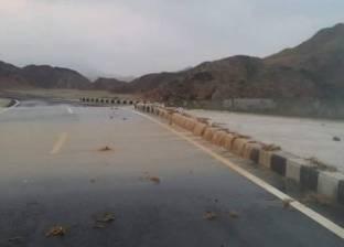 """""""عمليات البحر الأحمر"""": فتح جميع الطرقعقب تعرض الإقليم لعاصفة ترابية"""