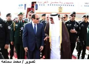 خادم الحرمين يوجه الخطوط الجوية السعودية باستمرار تسيير رحلاتها إلى شرم الشيخ