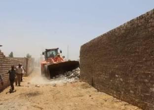 إزالة التعديات على 93 فدانا بمزارع الصرف الصحي في سوهاج
