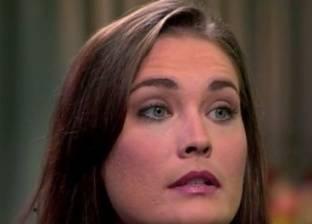 مليون دولار غرامة ضد معلمة أمريكية أقامت علاقة جنسية مع أحد تلاميذها