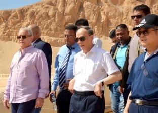 بالصور| نائب الرئيس الصيني يزور مقابر ومعابد البر الغربي بالأقصر