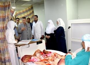 محافظ بني سويف يفاجئ مستشفى ناصر ويأمر بإصلاح الأسانسيرات والتكييفات