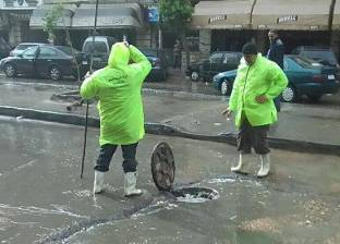 حي منتزه أول يشن حملة لمتابعة تسليك الشنايش لصرف الأمطار