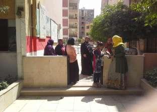 إقبال من كبار السن بلجان العمرانية في ثالث أيام الاستفتاء