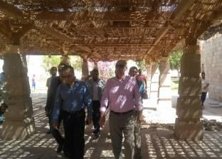 السكرتير العام بأسوان يتفقد مدينة أبو سمبل