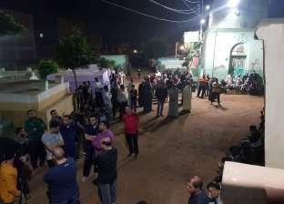 صور.. الآلاف يشيعون جثمان أحمد مبروك ضحية السيجارة بقطار كفر الزيات