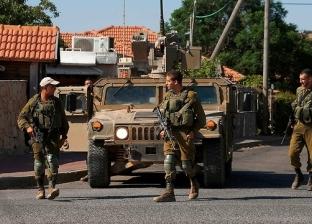 الاحتلال الإسرائيلي يحرق منزلا شمال الخليل ويصيب العشرات بالاختناق