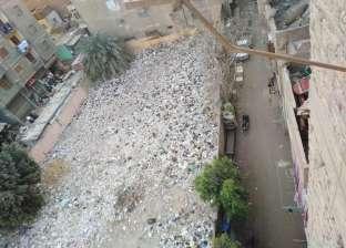 صور.. رفع 80 طن مخلفات من داخل مدرسة الإمام الشافعي