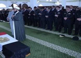 بالصور|وزير الداخلية يتقدم مُشيّعى الجنازة العسكرية لشهيد الواجب النقيب معتز مصطفى