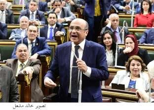 عبدالحميد كمال: البرلمان كان يناقش قضايا الإرهاب بالحزن والعاطفة