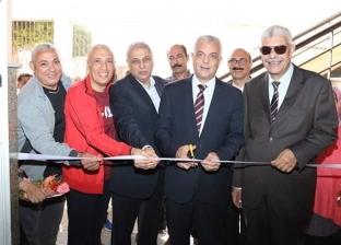 رئيس جامعة المنوفية يفتتح معرض فنون تشكيلية عن انتصارات أكتوبر