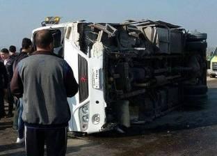 ارتفاع حصيلة مصابي حادث انقلاب أتوبيس بالبحر الأحمر إلى 22 شخصا